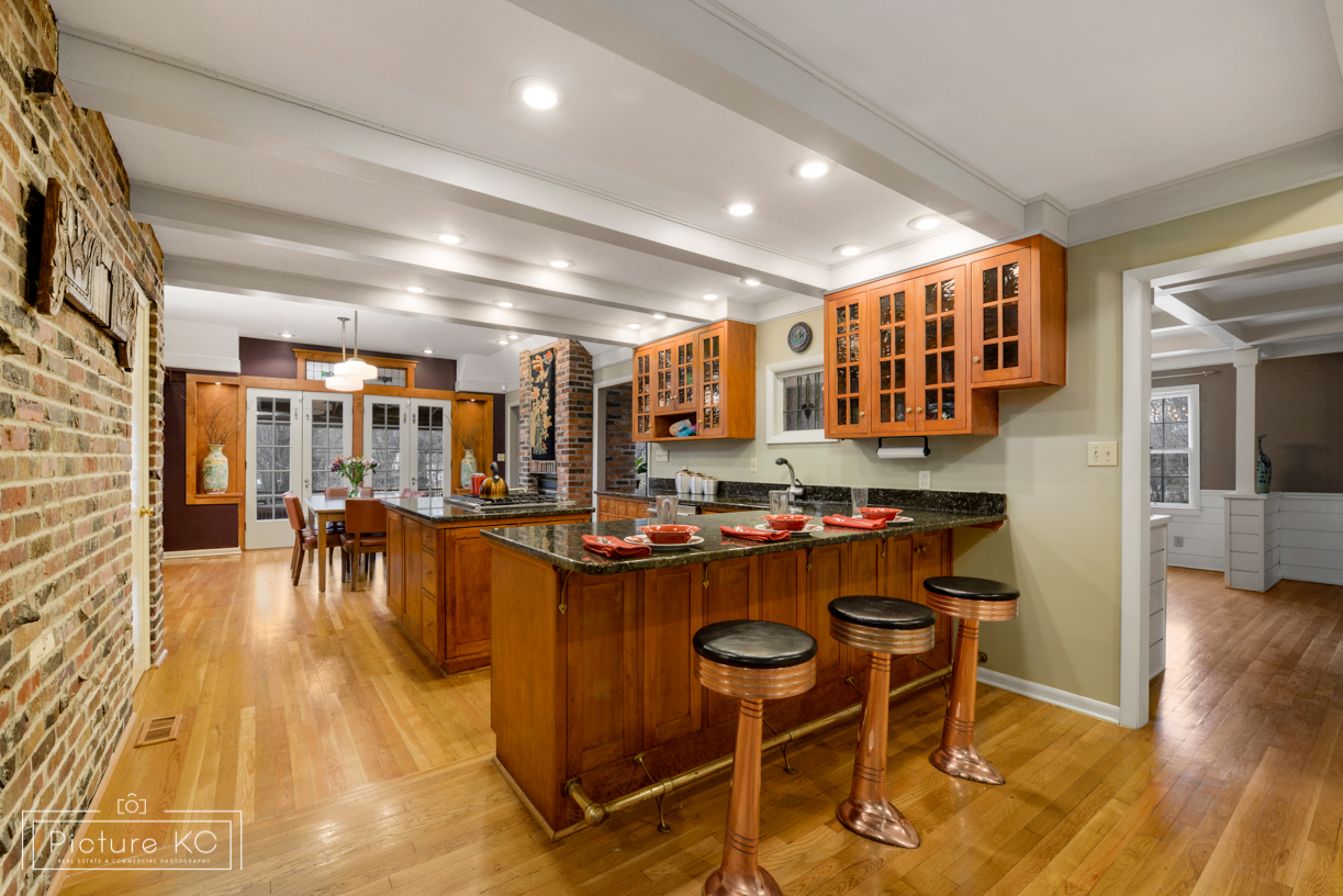 9634 Sagamore Rd, Leawood_Picture KC-5.jpg