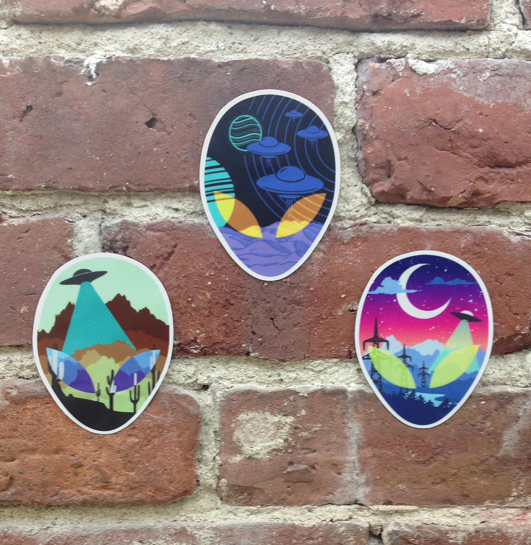 alien head stickers 1500.png