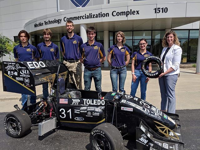 Earlier this week several team members met with a representative of Dana Incorporated to receive a generous donation. This will help to fund current and future endeavors! We thank them from their continued support of our team! • • • #formulasae #fsae #fsaeparts #formulastudent #racecar #racecars #engineering #engineer #studentbuilt #toledoohio #ohio #universityoftoledo  #photooftheday #car #race #camber #suspension #aero #aerodynamics #competition #motorsports