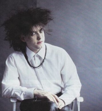 Robert now in full 'hair and lipstick'