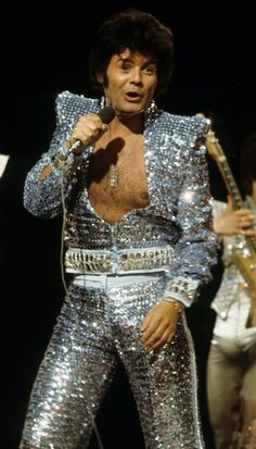 If you need an example of where the moniker 'Glitter Rock' came from, well here you go. Gary Glitter