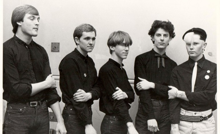 Modern English, mixing post-punk and new wave