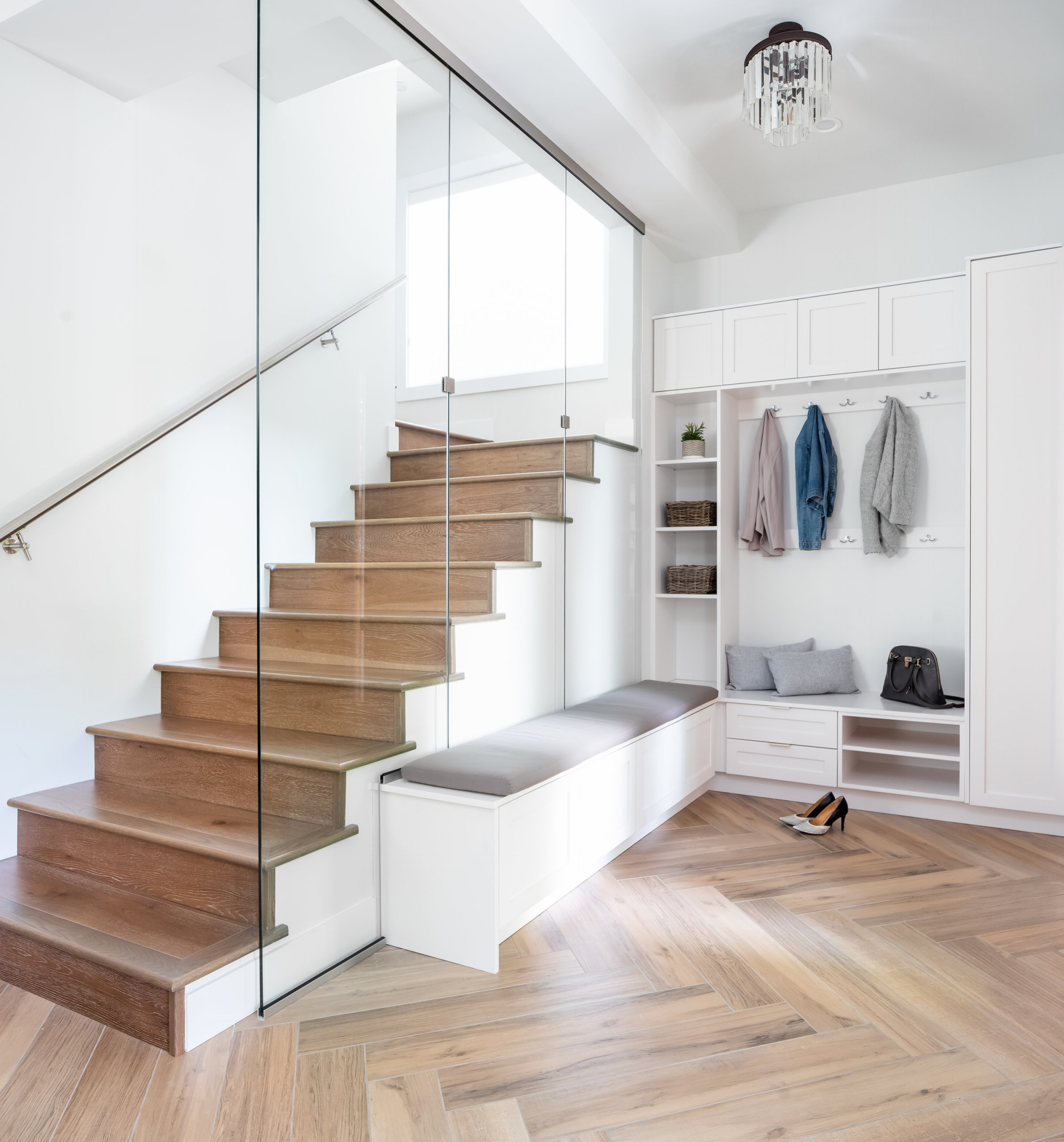 What We Do Best - | Listen attentively to determine your individual needs, lifestyle & taste.| Stay well versed in market trends and technological advances so we can help you make informed choices concerning the design, construction and costing for your home.| We build your home as if it was to be our own.