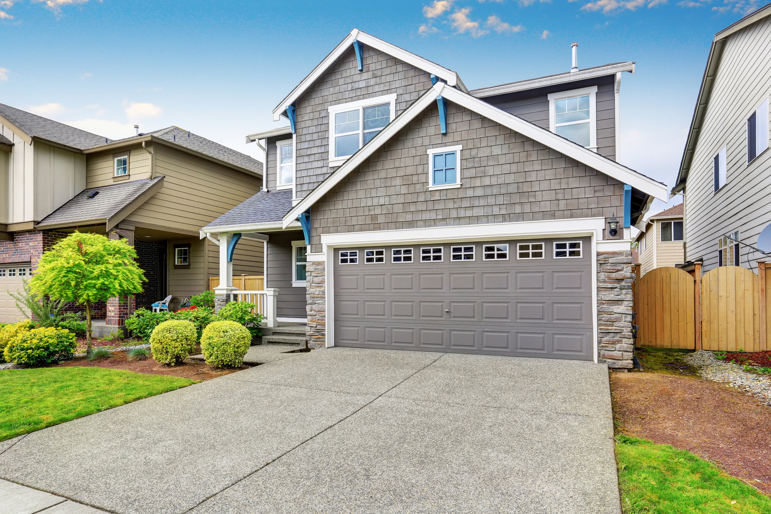 bigstock-Nice-Curb-Appeal-Of-Two-Level--138618230.jpg