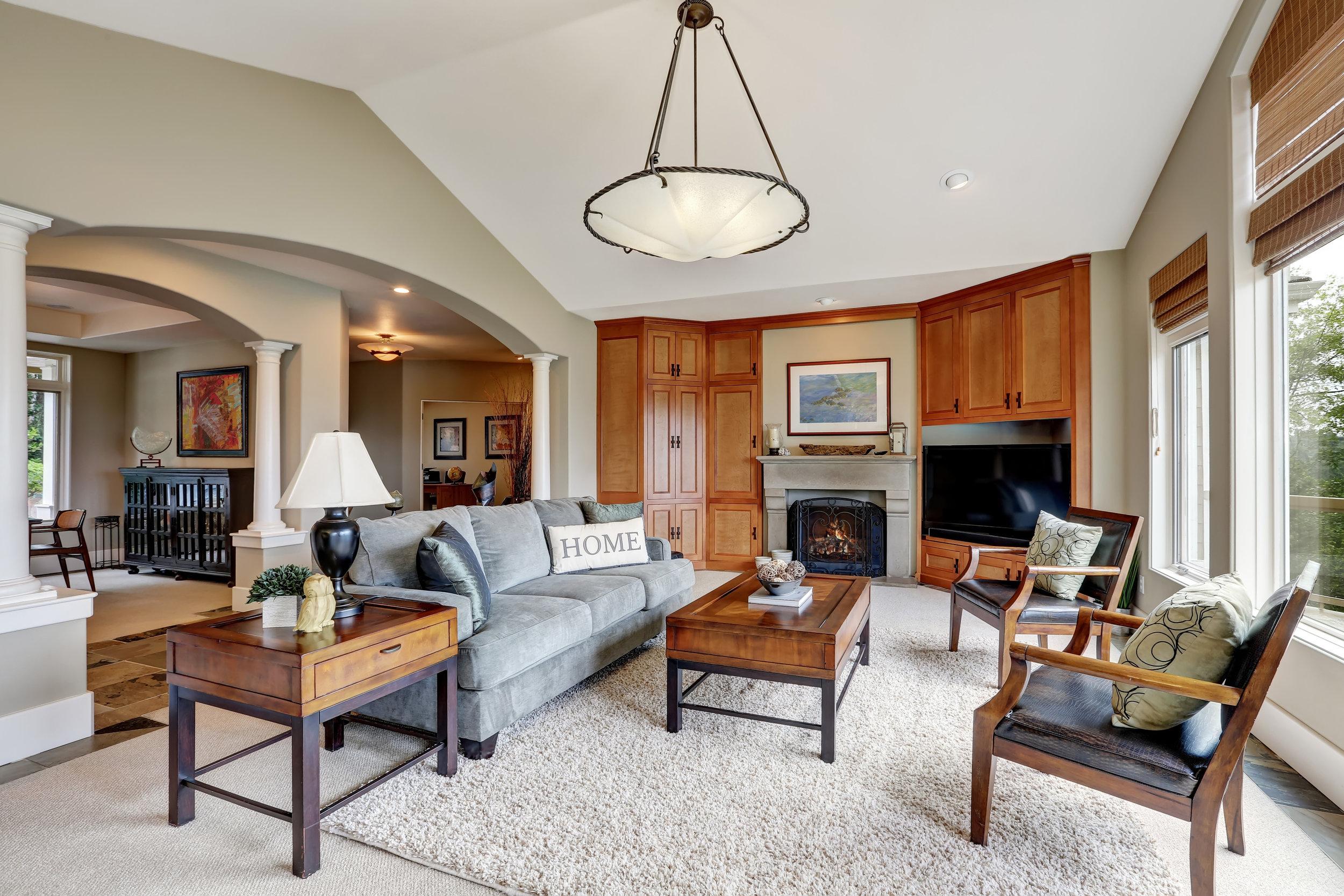 bigstock-Classic-Living-Room-Interior-I-153988349.jpg