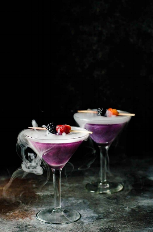 Witch-Heart-Halloween-Cocktail-The-Flavor-Bender-6-700x1057.jpg