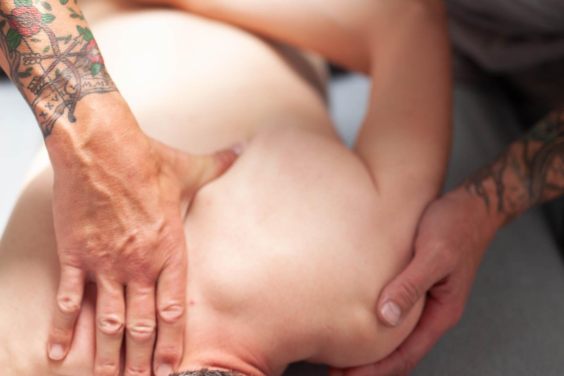 %C2%A9natashabidgood-lisa-massage-6761.jpg
