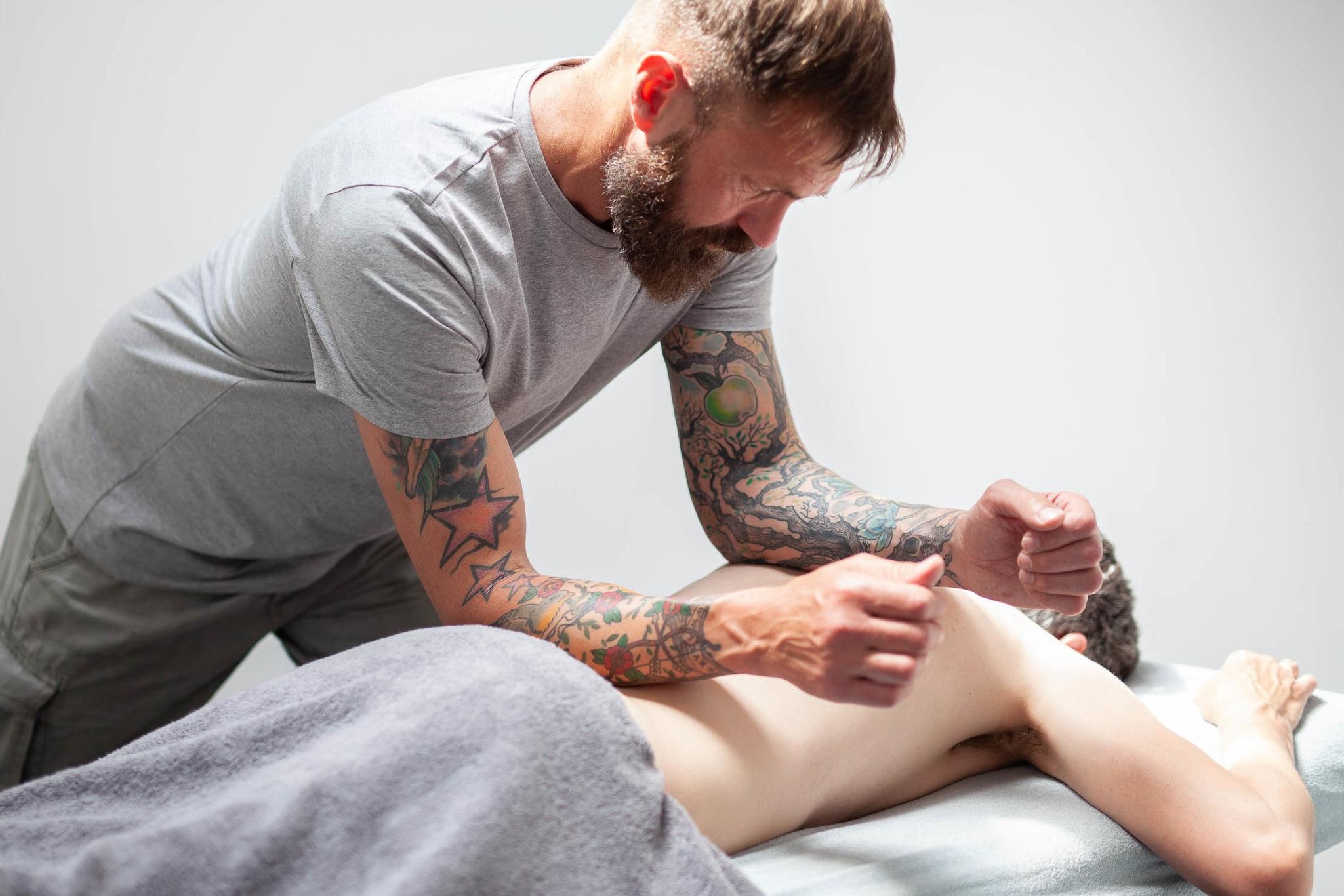 %C2%A9natashabidgood-lisa-massage-6750.jpg
