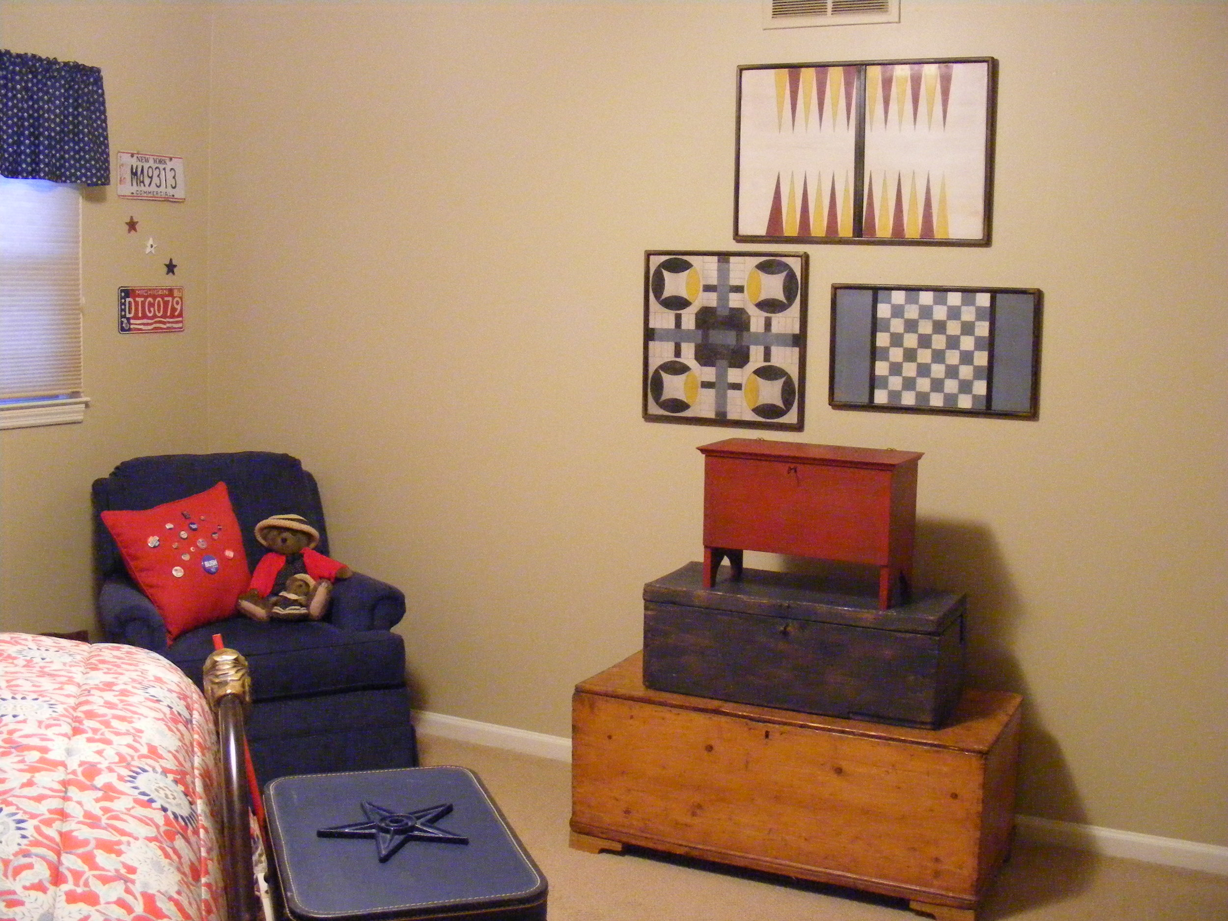 backgammon, home sweet home, blue checker board.jpg