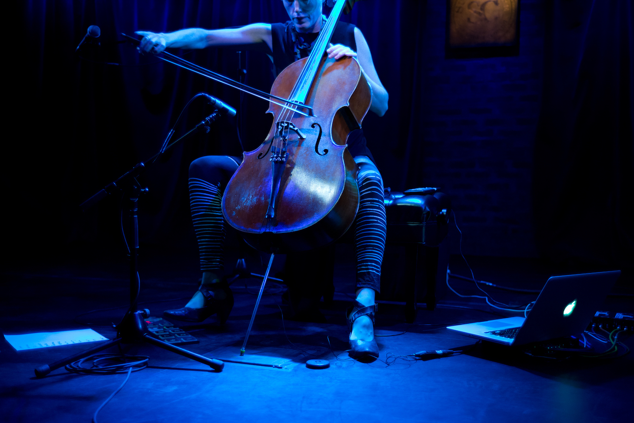 Zoë Keating - 21 & 22 September, 7.30pm, £19.50Kings Place, King's CrossCanadian cellist and composer Zoë Keating is a one-woman orchestra, using a cello and a foot-controlled laptop to create a distinctive mix of old a new through live layering. Her music is intricate, haunting and compelling, and has been used in over 20,000 third-party YouTube videos, in everything from dance performances, films, plays, live paintings, climbing videos and live gaming soundtracks.