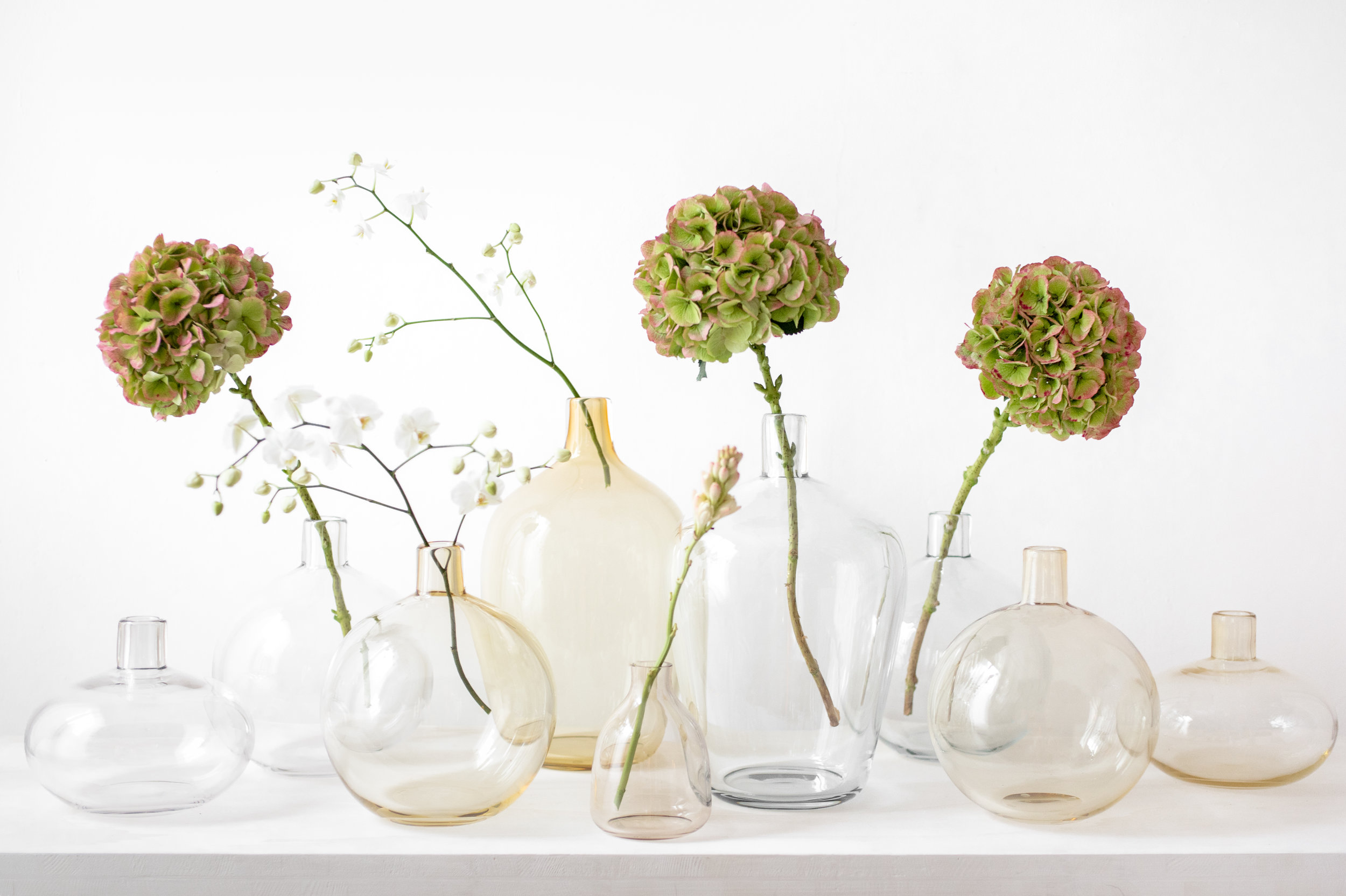 Yali Glass Design Vitrine #1 2018 Monastiri and Kasa Bottiglia flower vases