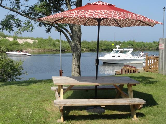 River cottage picnic table