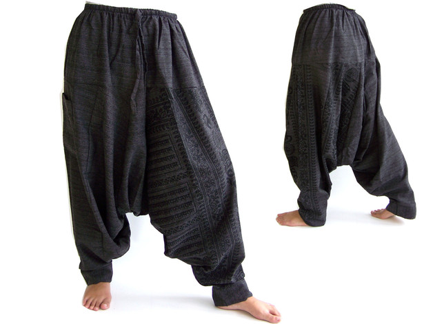 Similar to the ones I wanted to buy:  https://es.dawanda.com/product/63717483-pantalones-aladino-pantalones-de-haren