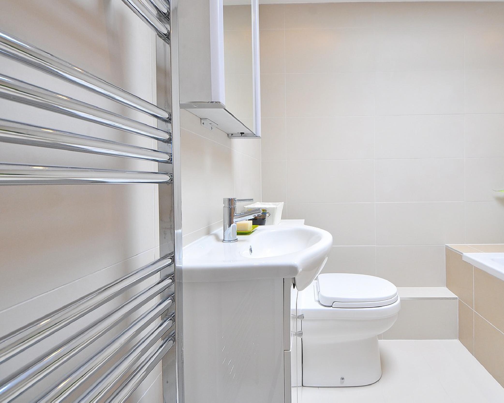 Bathroom Remodel Plumbingit-UK.png