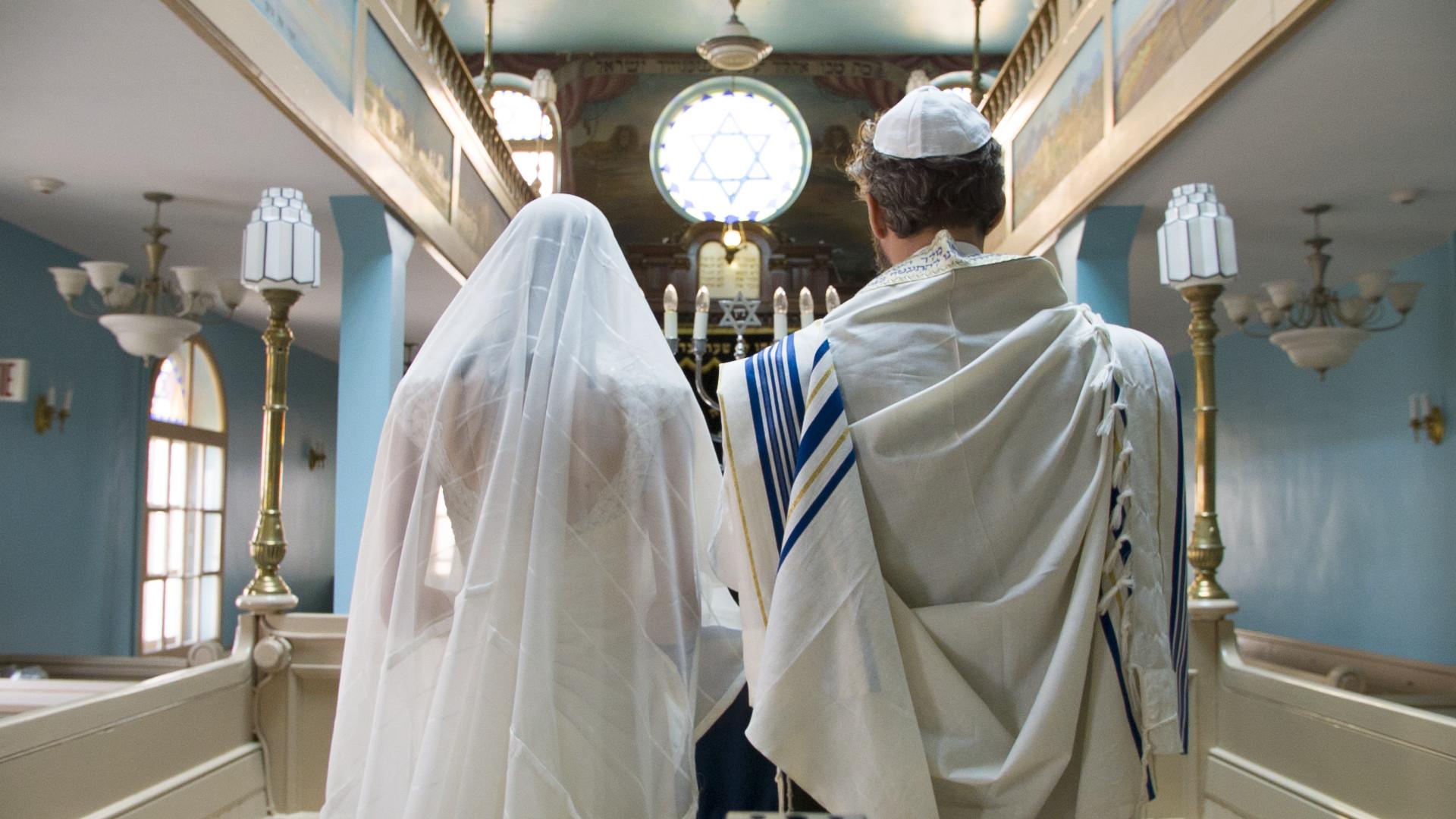 Kosher Love Stills 01_Bill Stone.jpg