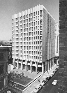Blue Cross/Blue Shield Building, 1957   Photo: Ezra Stoller