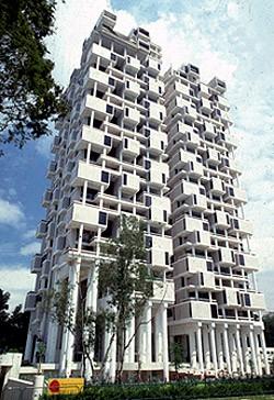 The Colonnade Condominium, 1980-1987   Photo: Paul Rudolph Heritage Foundation