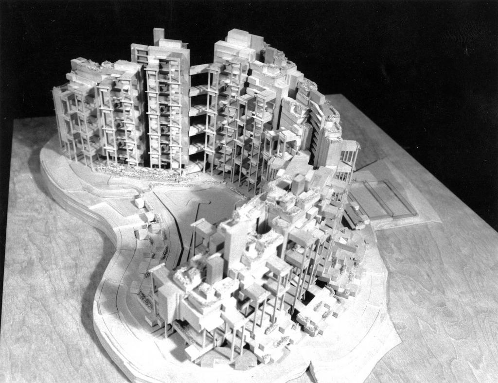 Institution Hill, 1987