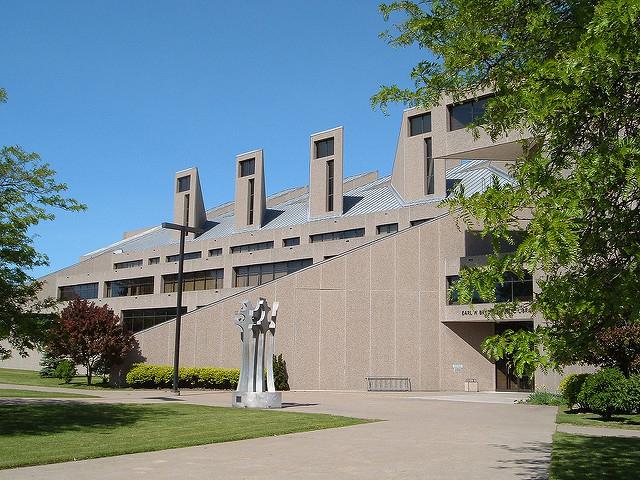 Niagara Falls Public Library, 1969