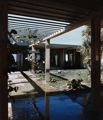 Stoller, Ezra, 1915-2004.  Miller Residence, Location: Sarasota FL, Architect: Ralph Twitchell and Paul Rudolph.  Esto <https://www.estostock.com>