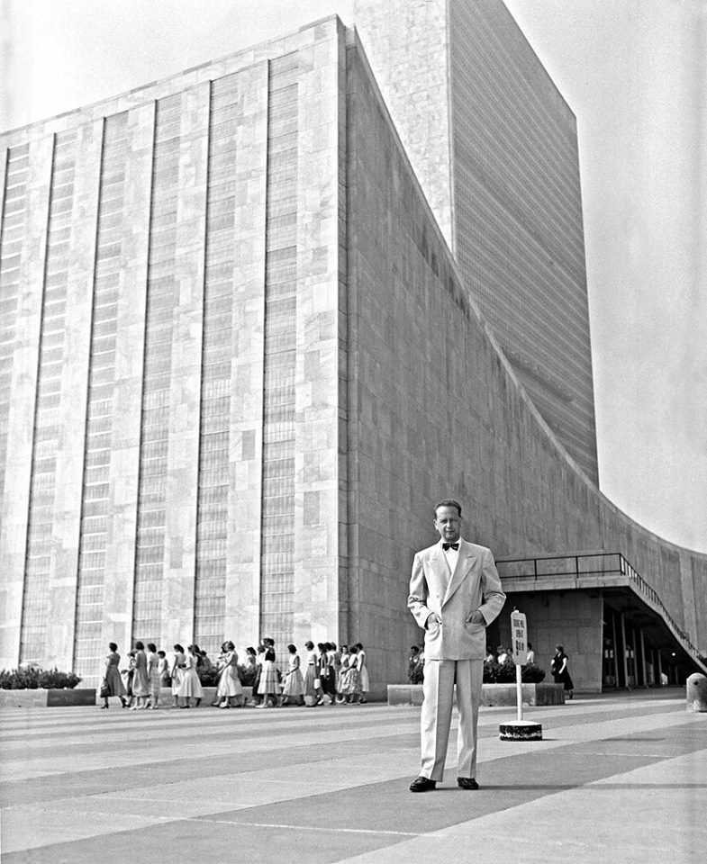 Dag Hammarskjöld outside the UN building in 1953. Photo: Dag Hammarskjöld Foundation