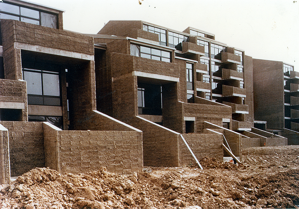 Shoreline Apartments, 1969