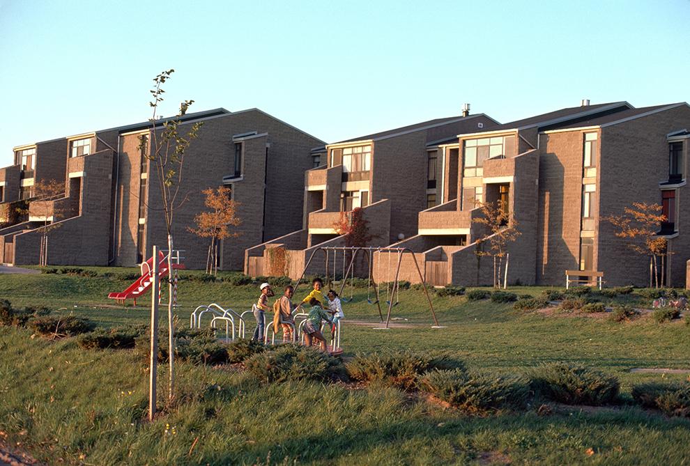 Buffalo Waterfront Housing Project (Shoreline Apartments).  Building Exterior.  Photo taken between 1973-1977.