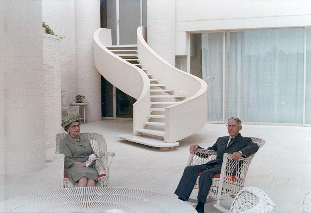 Wallace Residence.  Building Exterior with Paul Rudolph's parents.