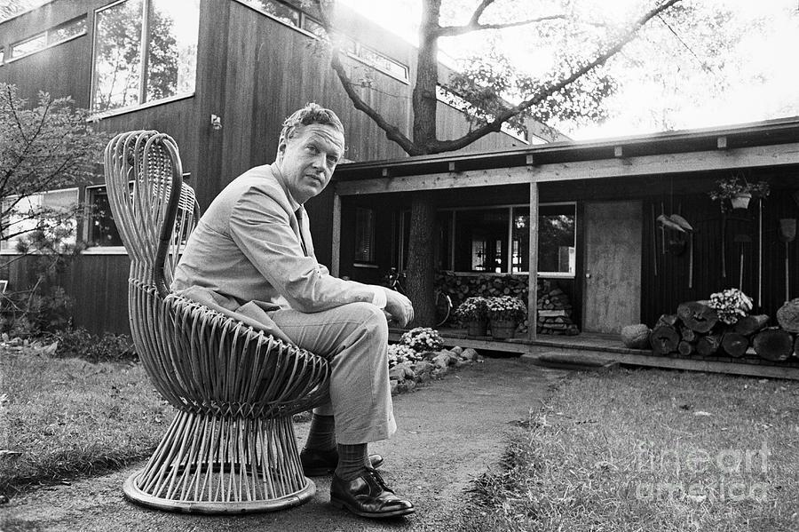 Benjamin Thompson, 1918-2002