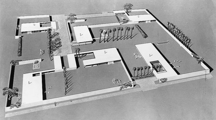 Paul Rudolph's project for    the Revere Development in Florida   , 1948. While significantly larger than Mies van der Rohe's above project (and comprising twice as many houses), this design of Rudolph's uses a similar compositional approach, design strategies, architectural elements, and overall minimalist aesthetic—and shows a strong relationship with Mies' oeuvre and aesthetic. Image © The Estate of Paul Rudolph, The Paul Rudolph Heritage Foundation.