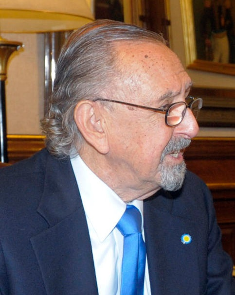 César Pelli, 1926-2019. Image courtesy of Wikipedia; photo from the   Presidencia de la N. Argentina