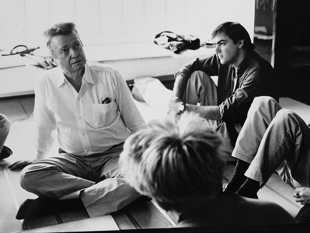 Yale architecture students visiting Paul Rudolph in his Beekman Place Quadruplex Apartment, 1988. Photo: Roberto de Alba