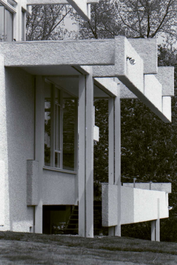 Micheels Residence, 16 Minute Man Hill, Westport, CT. Undated photo of completed construction.