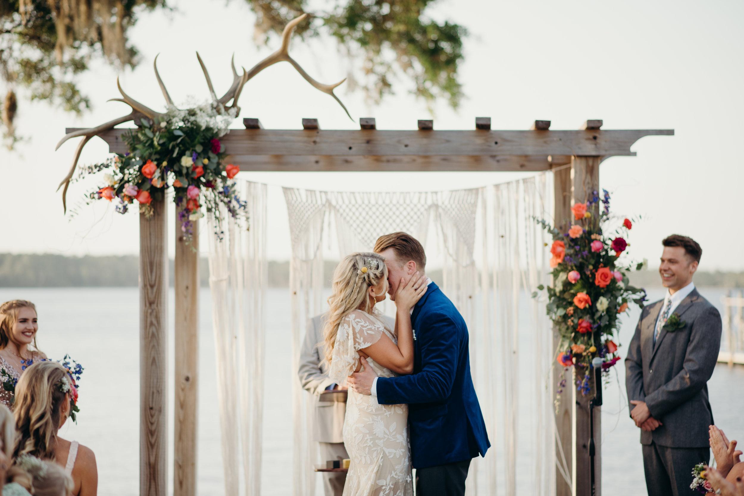 zayda-collin-panama-city-wedding-photography-trippy-bohemian-lisa-frank-wedding-ceremony-83.jpg