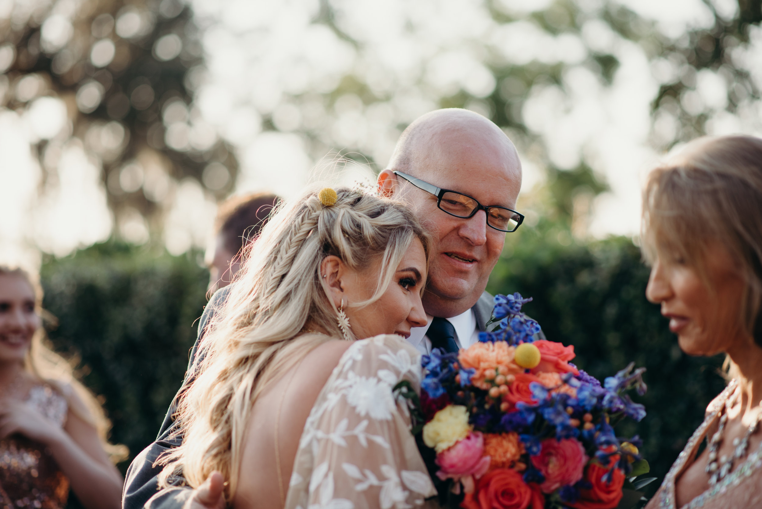 zayda-collin-panama-city-wedding-photography-trippy-bohemian-lisa-frank-wedding-ceremony-89.jpg