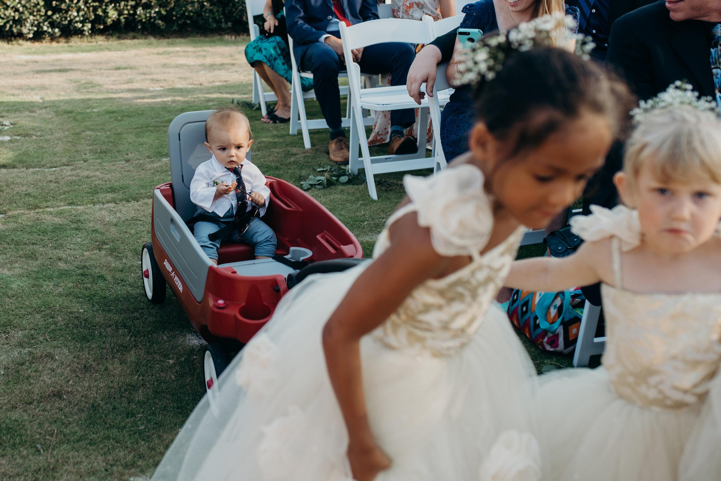 zayda-collin-panama-city-wedding-photography-trippy-bohemian-lisa-frank-wedding-ceremony-140.jpg