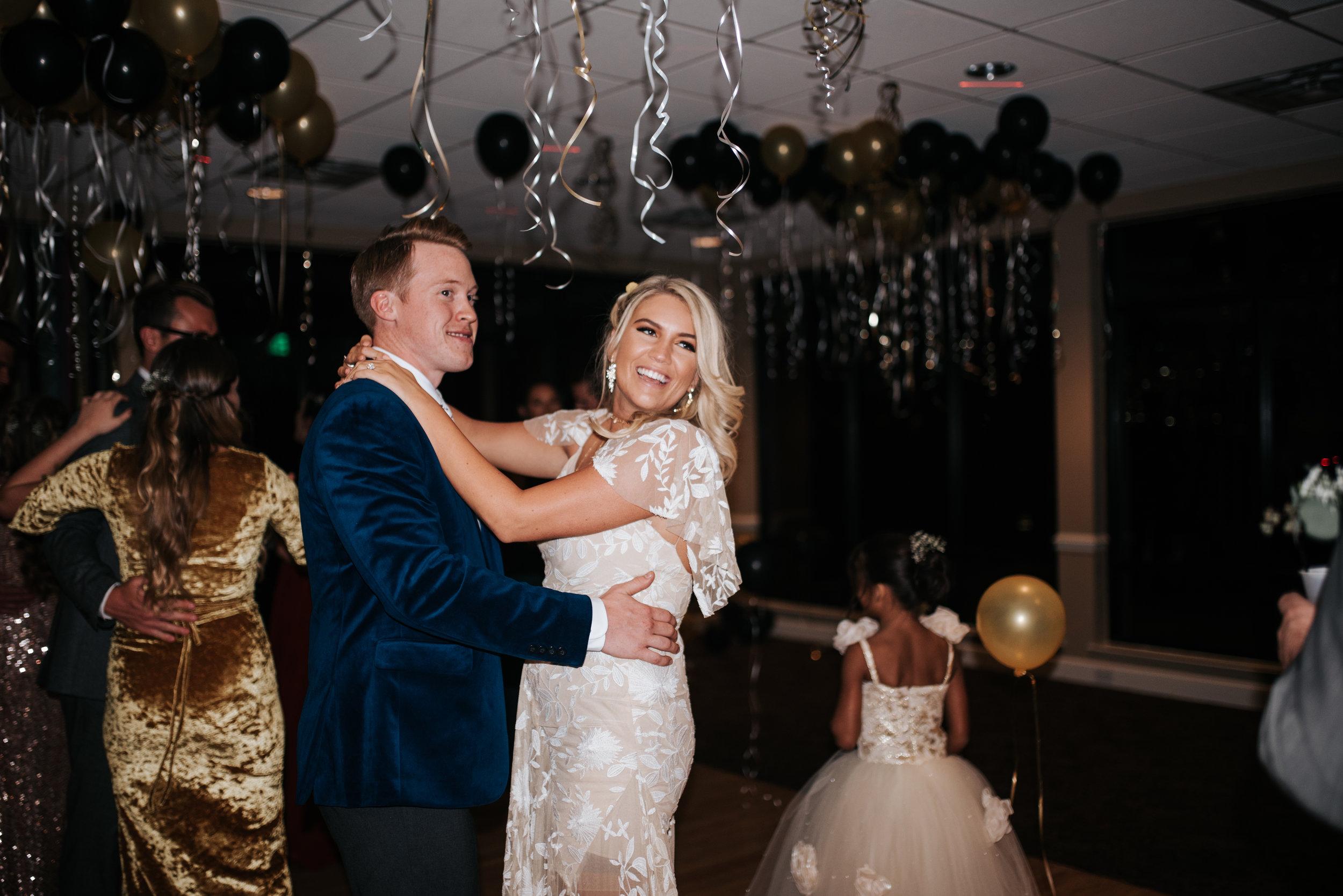 zayda-collin-panama-city-wedding-photography-trippy-bohemian-lisa-frank-wedding-dancing-party-34.jpg