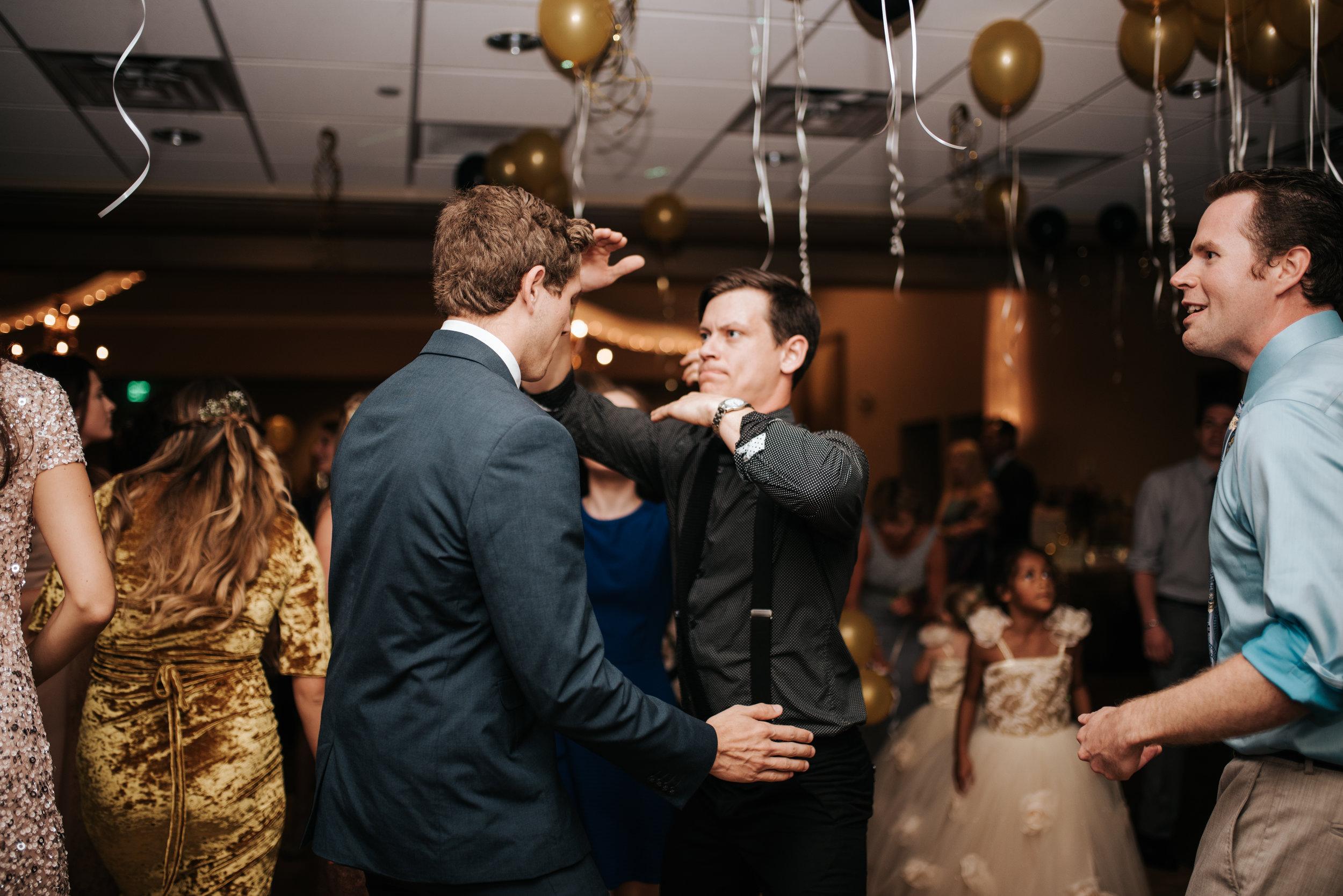 zayda-collin-panama-city-wedding-photography-trippy-bohemian-lisa-frank-wedding-dancing-party-48.jpg