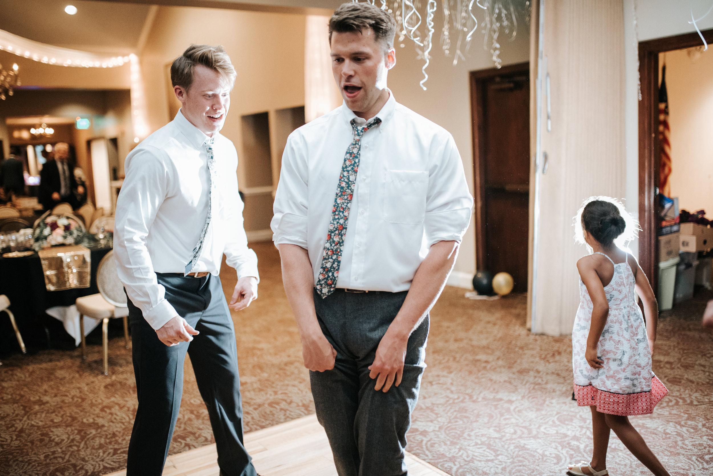 zayda-collin-panama-city-wedding-photography-trippy-bohemian-lisa-frank-wedding-dancing-party-152.jpg