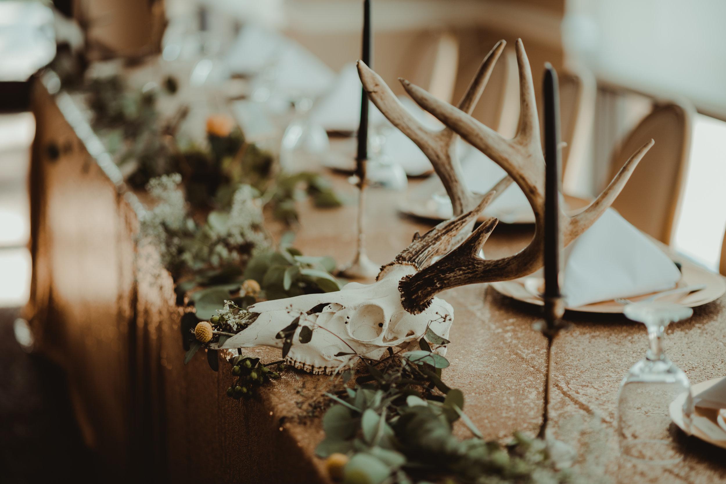 zayda-collin-panama-city-wedding-photography-trippy-bohemian-lisa-frank-wedding-venue-2.jpg
