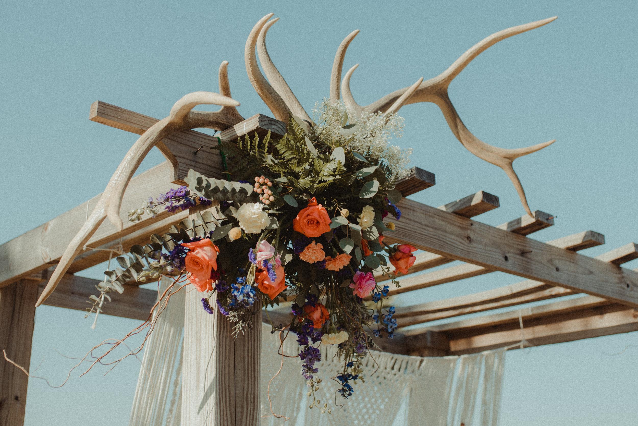 zayda-collin-panama-city-wedding-photography-trippy-bohemian-lisa-frank-wedding-venue-30.jpg