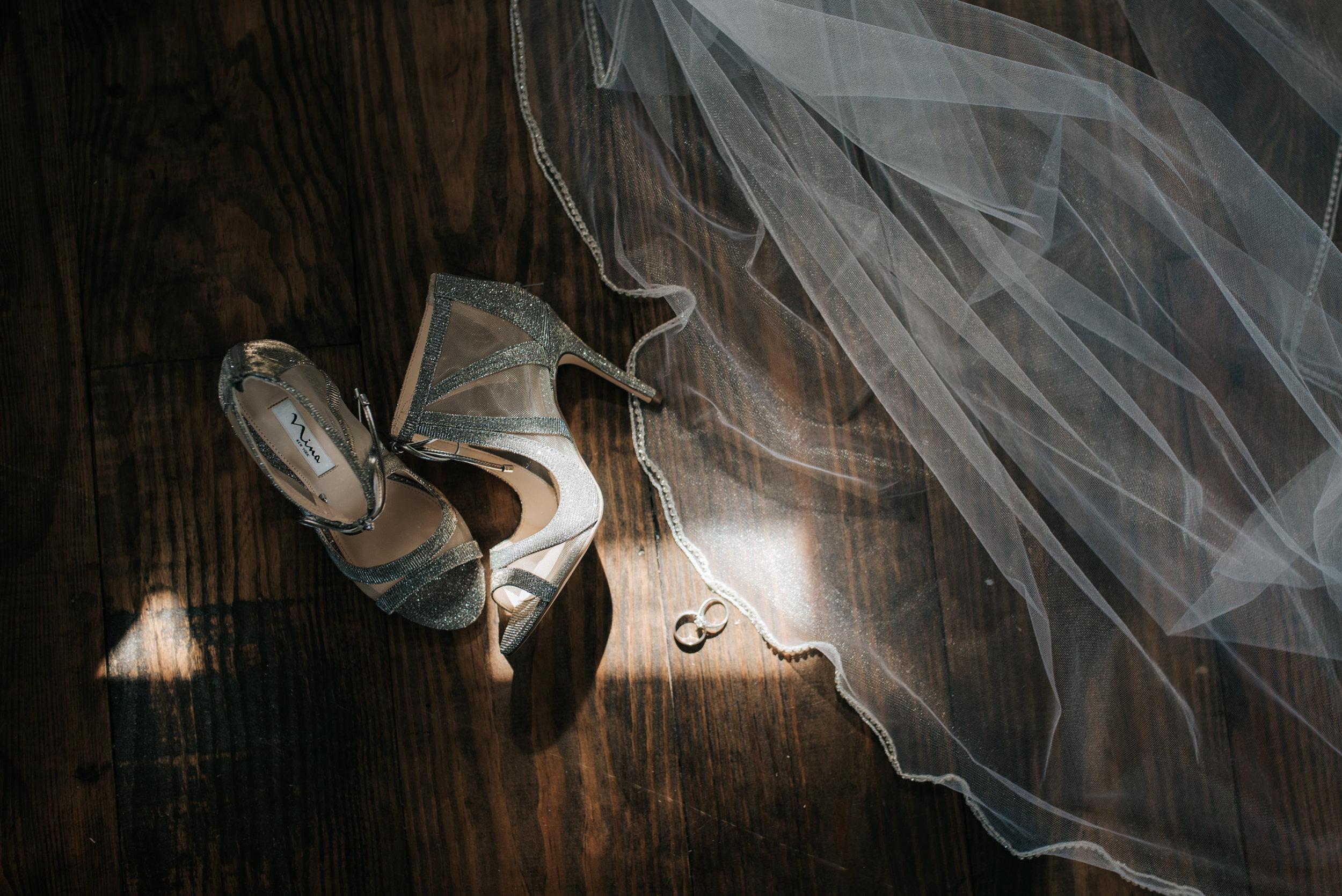micayla-greyson-neumann-vero-beach-lake-house-winter-white-wedding-photography-7.jpg