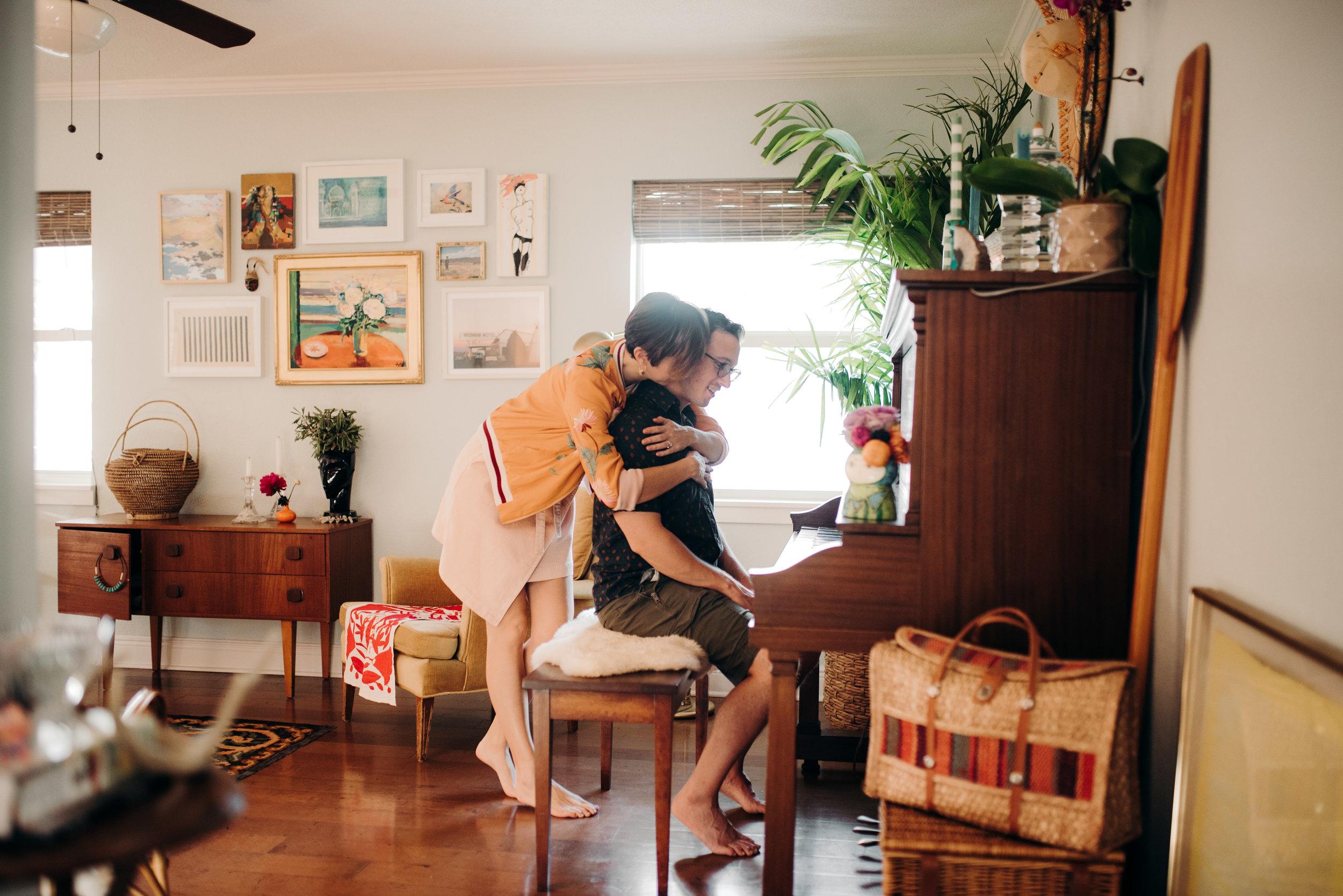 carissa-spencer-mid-century-editorial-in-home-couple-session-orlando-florida-253.jpg