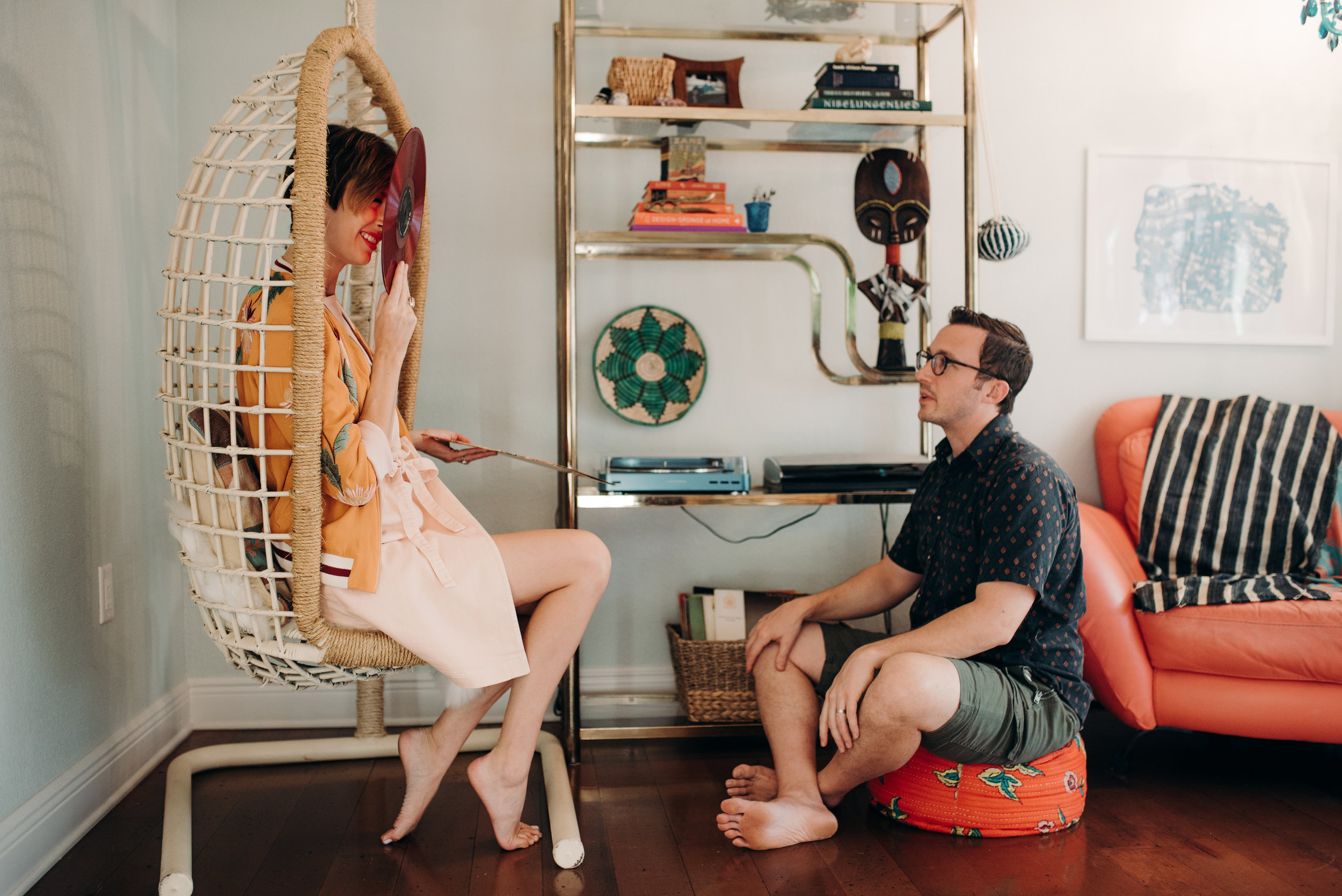 carissa-spencer-mid-century-editorial-in-home-couple-session-orlando-florida-263.jpg