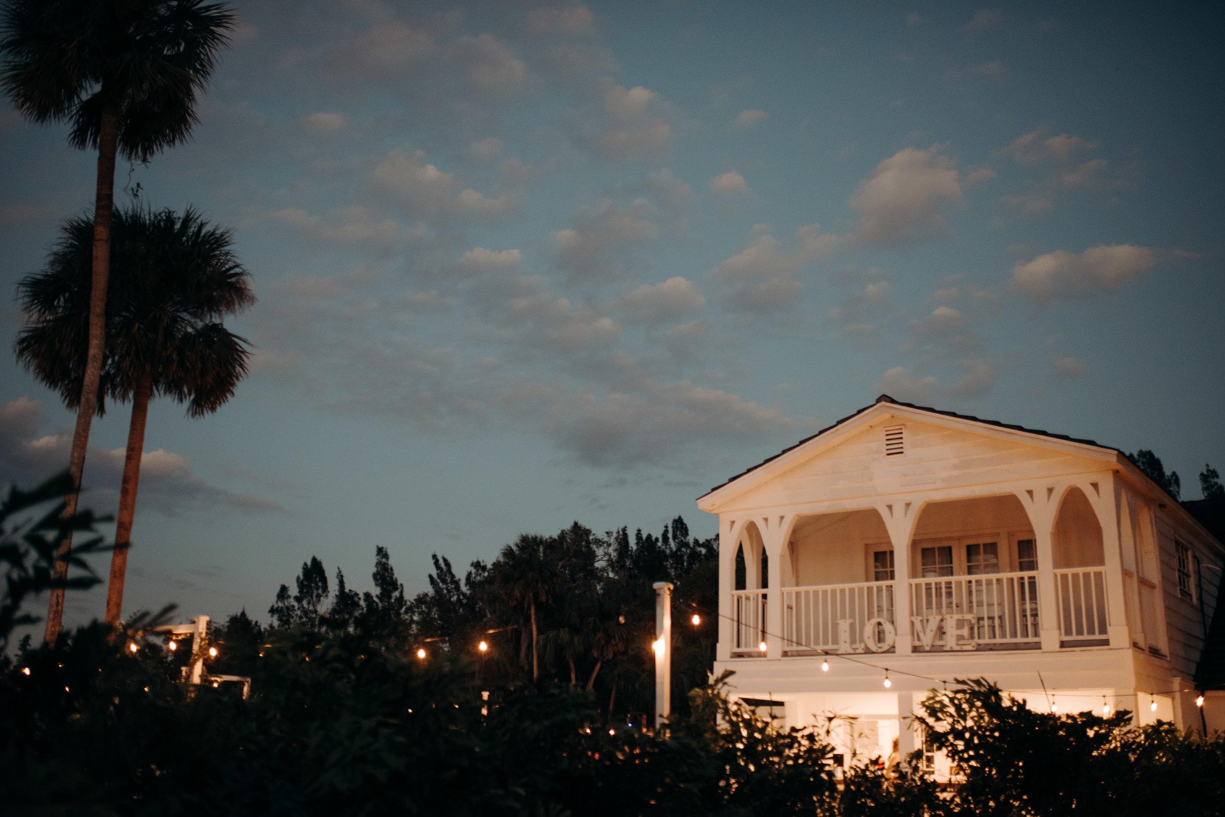 micayla-greyson-neumann-vero-beach-lake-house-winter-white-wedding-photography-1127.jpg