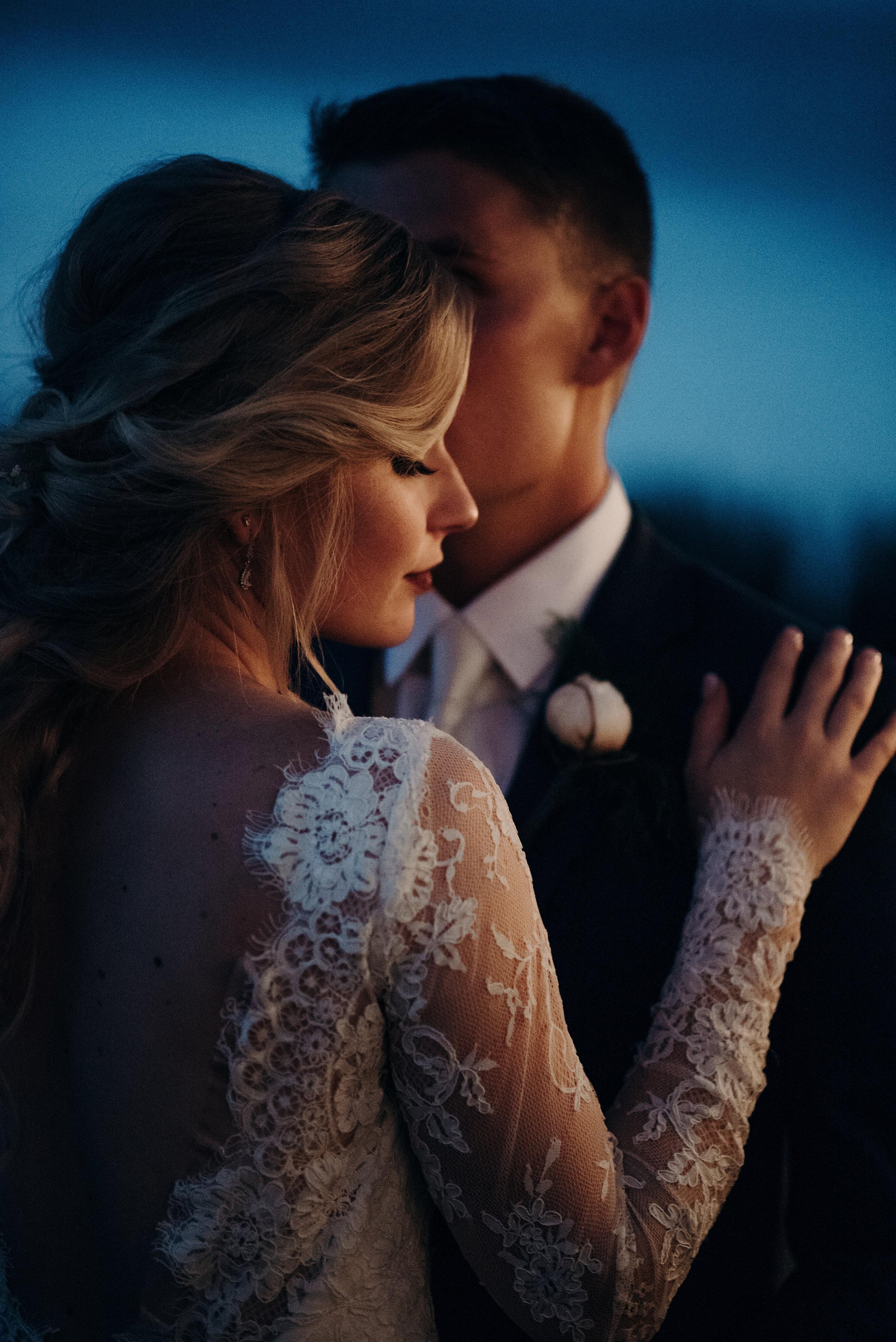 micayla-greyson-neumann-vero-beach-lake-house-winter-white-wedding-photography-1143.jpg