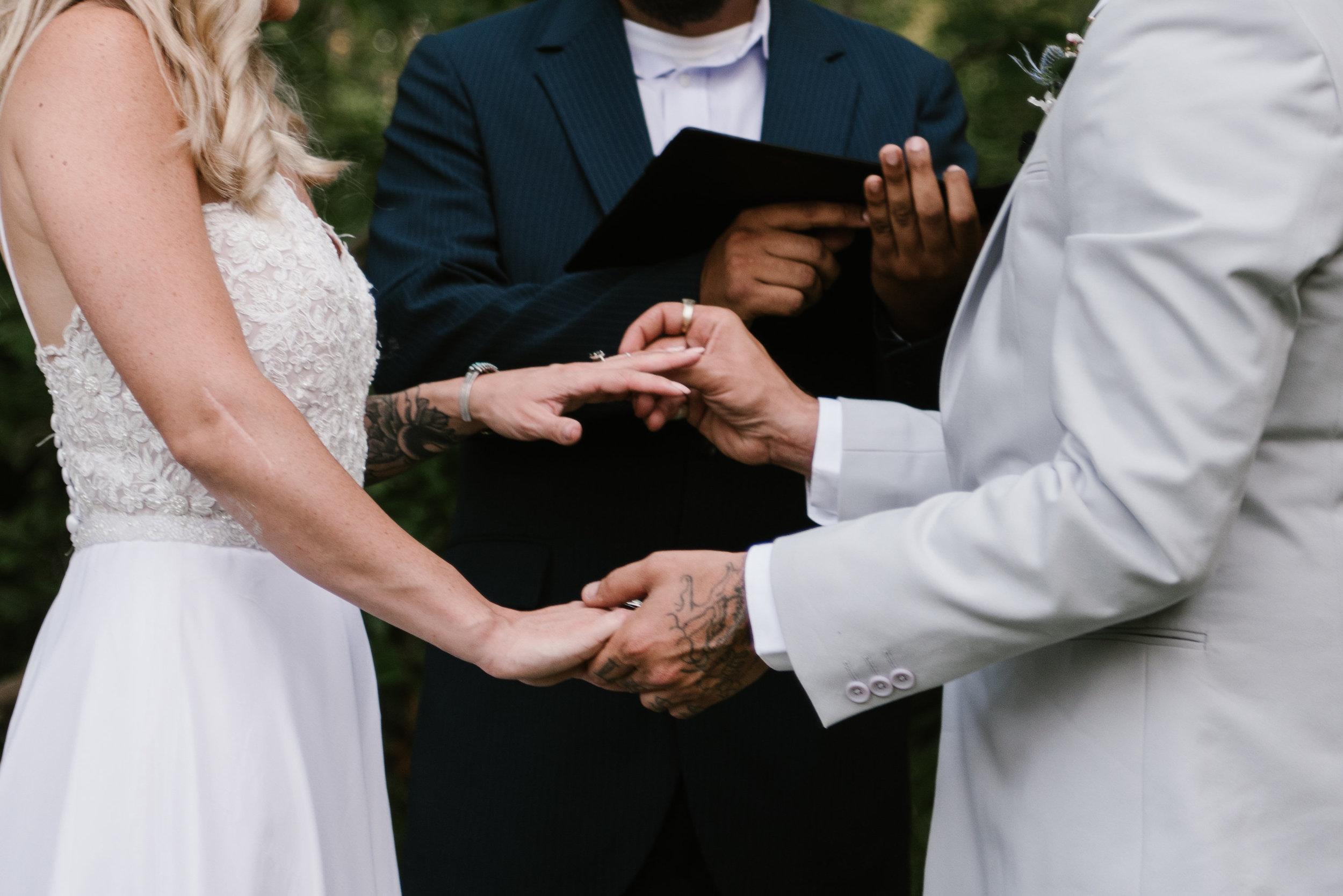 michelle-ronnie-backyard-wedding-514.jpg