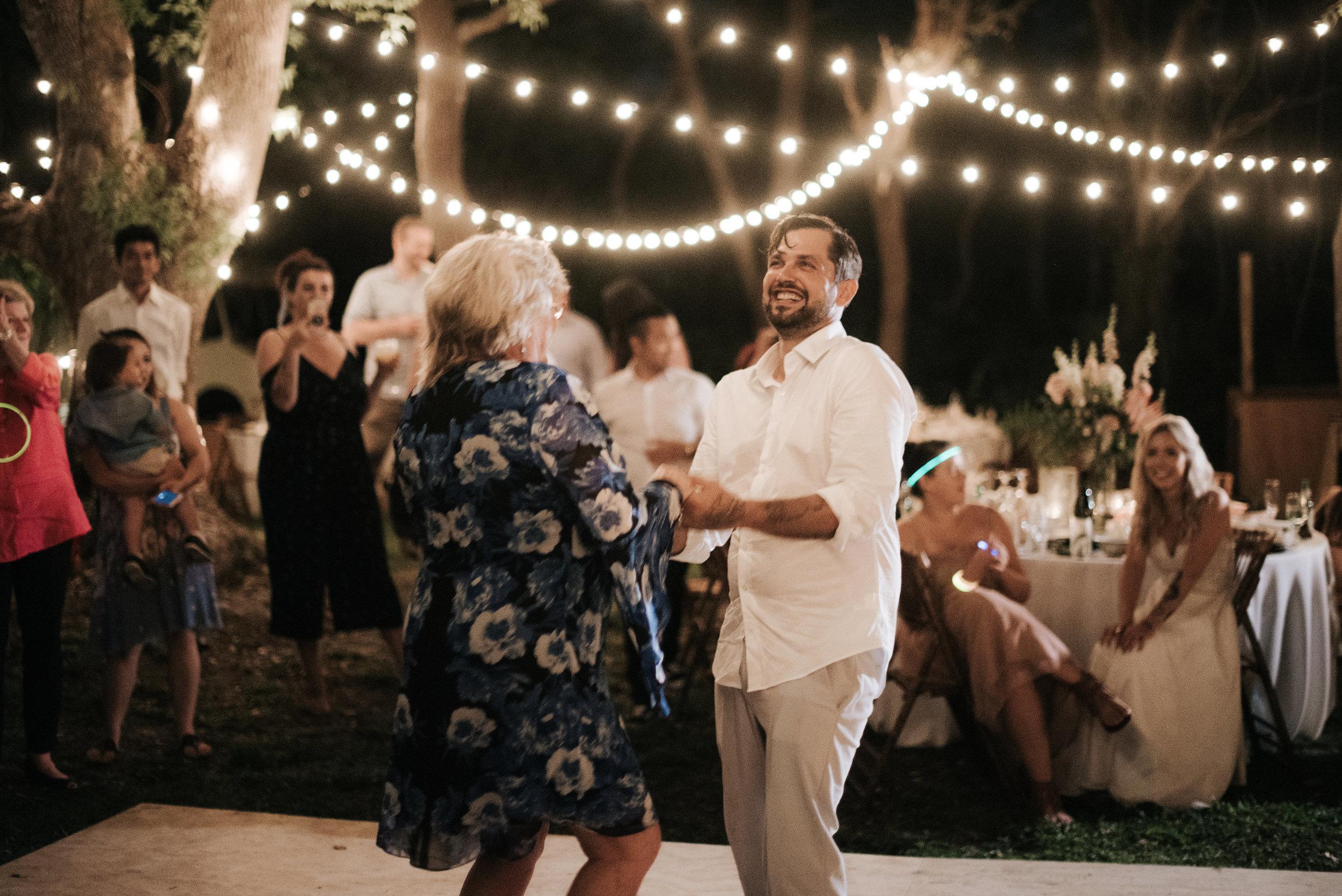 michelle-ronnie-backyard-wedding-903.jpg