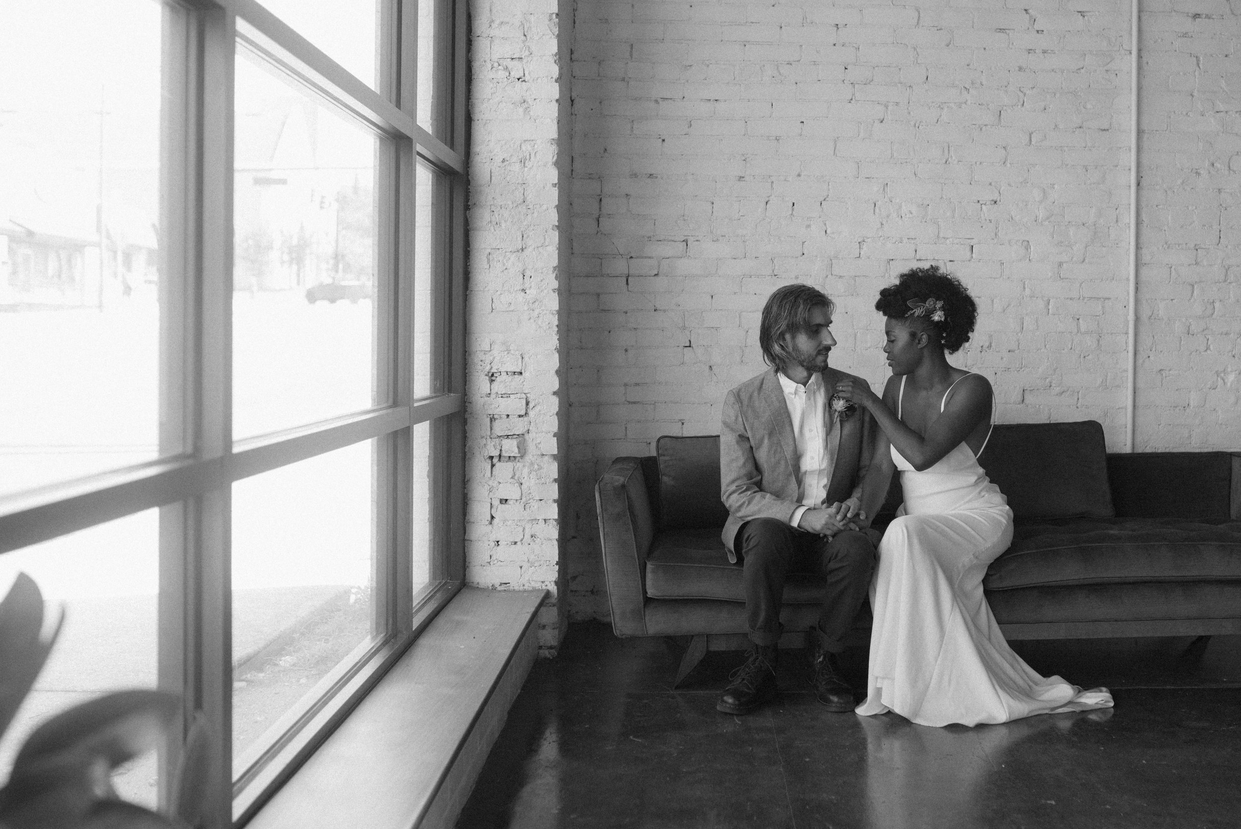 haus-820-minimal-editorial-wedding-styled-shoot-5.jpg