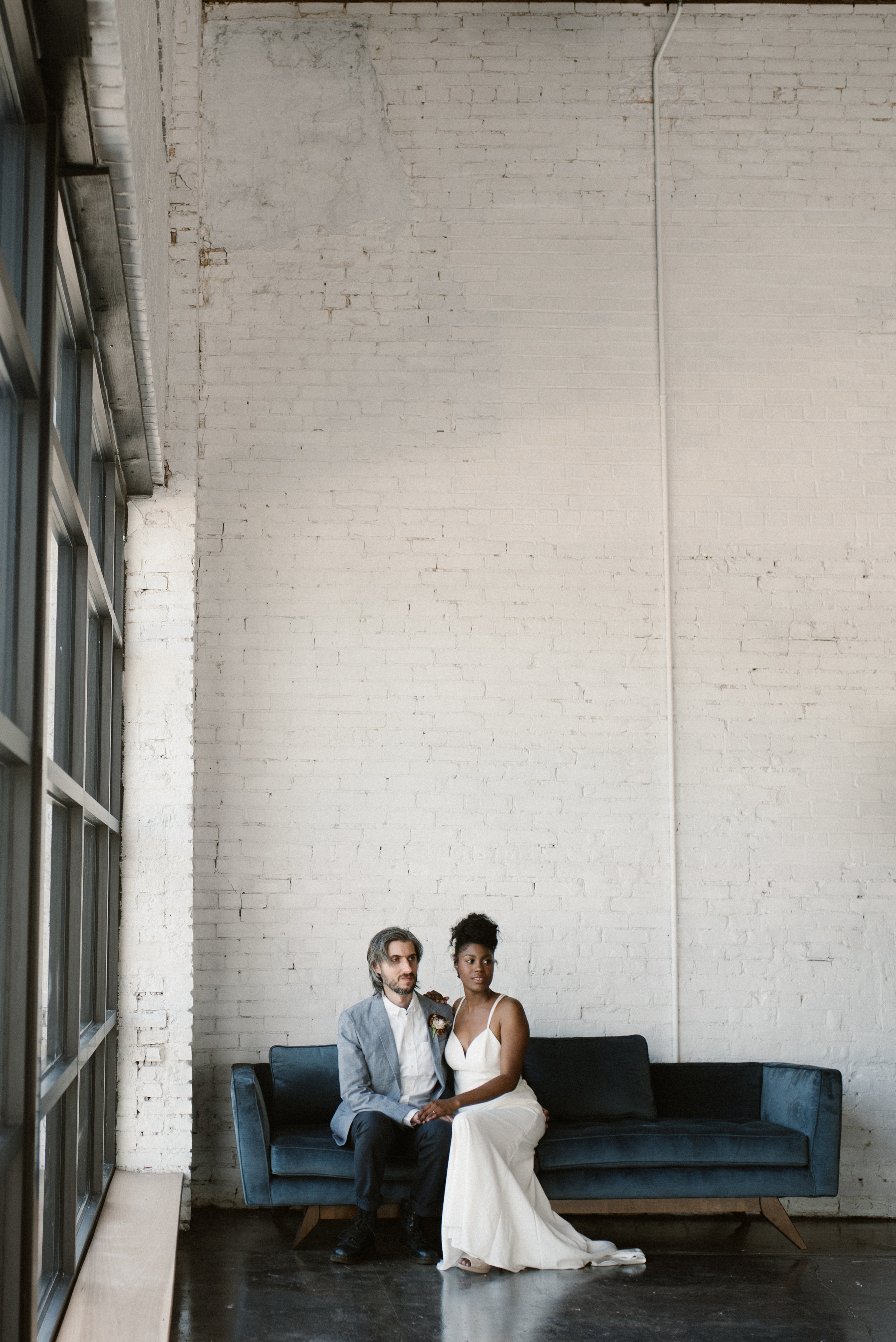 haus-820-minimal-editorial-wedding-styled-shoot-9.jpg